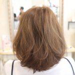 髪型はスタイリングで印象が変わります